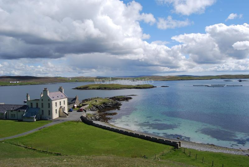 Explore the Shetland Islands. Help at a guest house ...