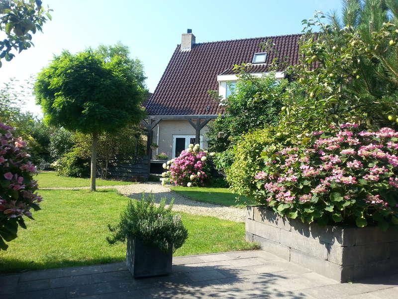 Gartenarbeit  Hilf mit Maler- und Gartenarbeit in Julianadorp, Niederlande