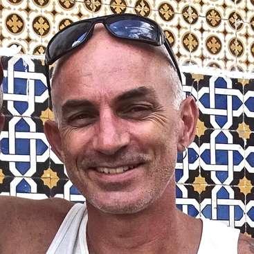 Yoga teacher/general helper for Shamanic Healing retreat in Iquitos