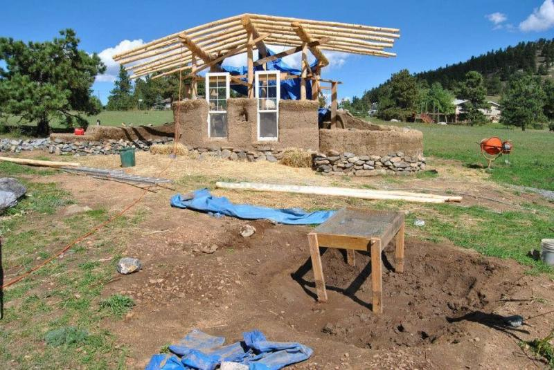 Help to build a cob cottage in a beautiful canyon near golden colorado usa - The cob house the beauty of simplicity ...