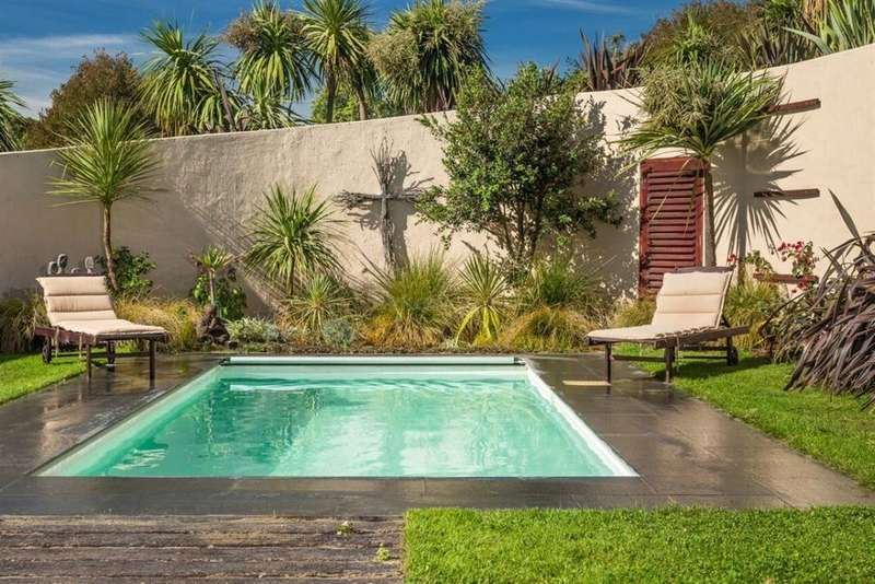 Help At Our Family Home In A Stunning Part Of New Zealand