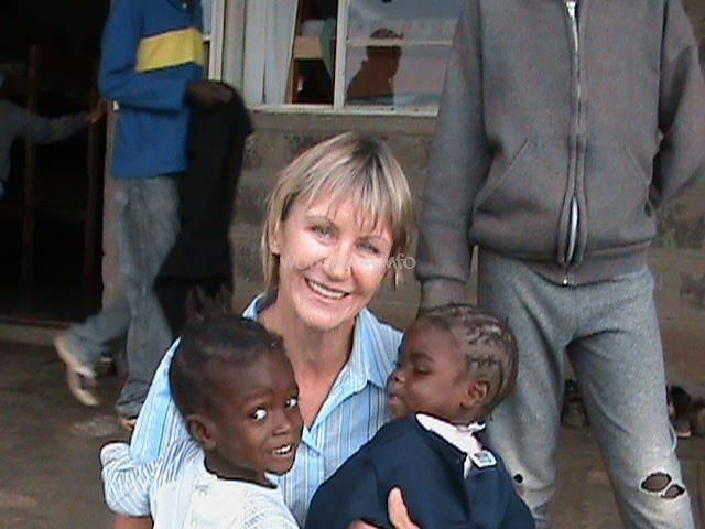 single mother dating in kenya There are increasing numbers of single mothers in kenya is it a sign of growing independence of women, or a consequence of poverty and lack of sexual educationangelina nandwa, the founder of the.