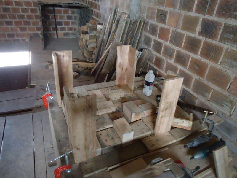 transformer des palettes prev images with transformer des palettes un exemple de table basse. Black Bedroom Furniture Sets. Home Design Ideas