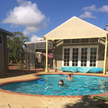 Great Accommodation In A Lovely Location Close To The Beach In