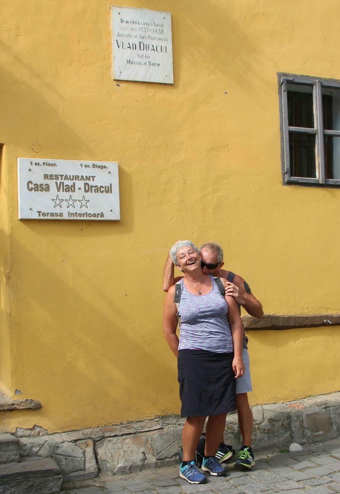 workaway senior couple sightseeing love