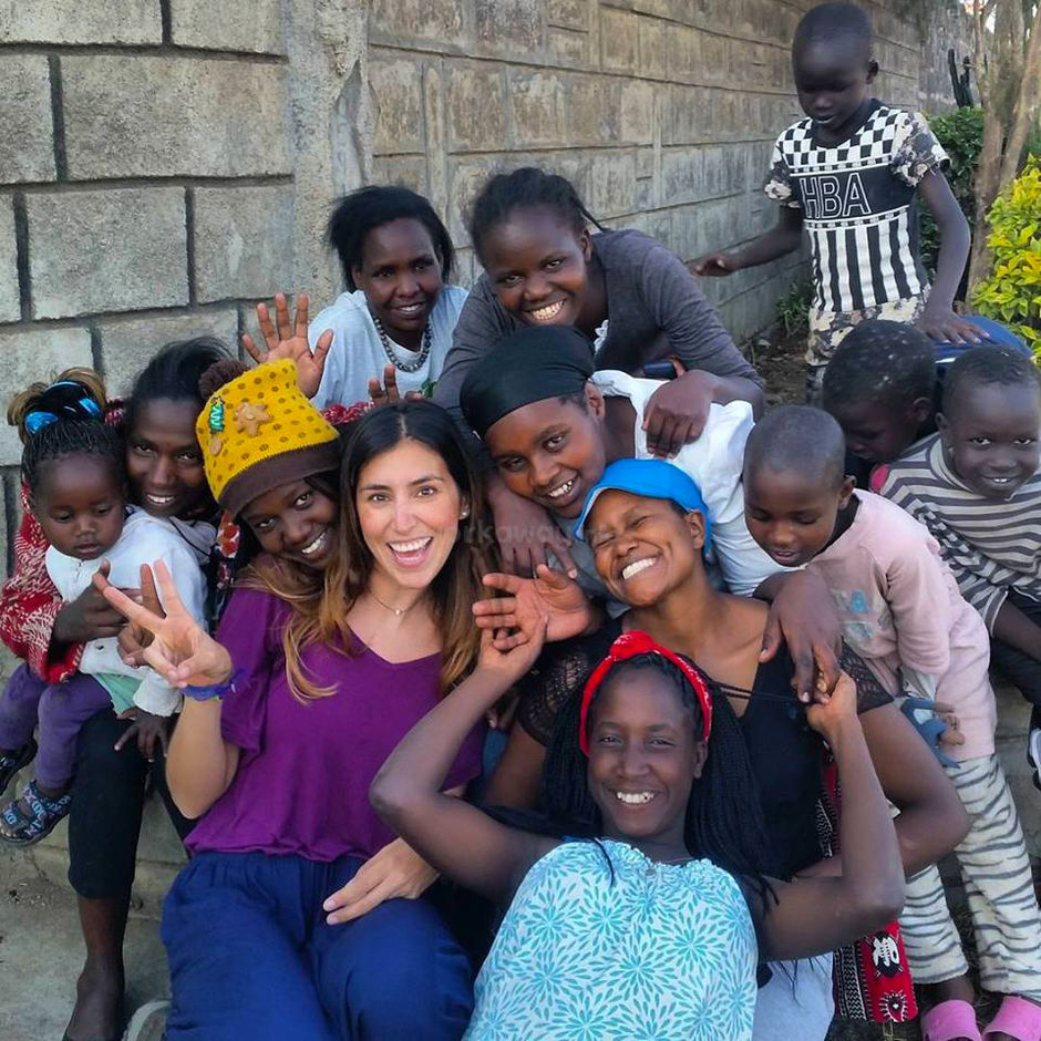 volunteer abroad workaway Kenya girls children group education