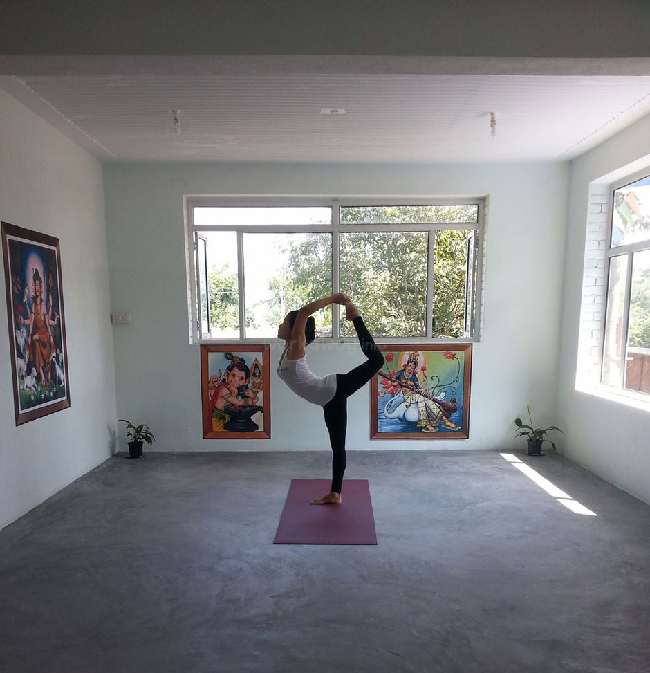 yoga pose in himalayan yoga retreat
