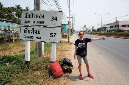 hitchhike-asia-backpacking-trip