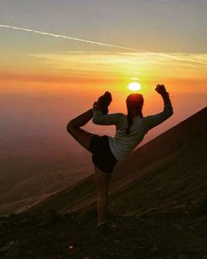 sunset-self-love-yoga-travelling-mountains