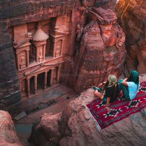 workawayers admire Jordan scenery from above