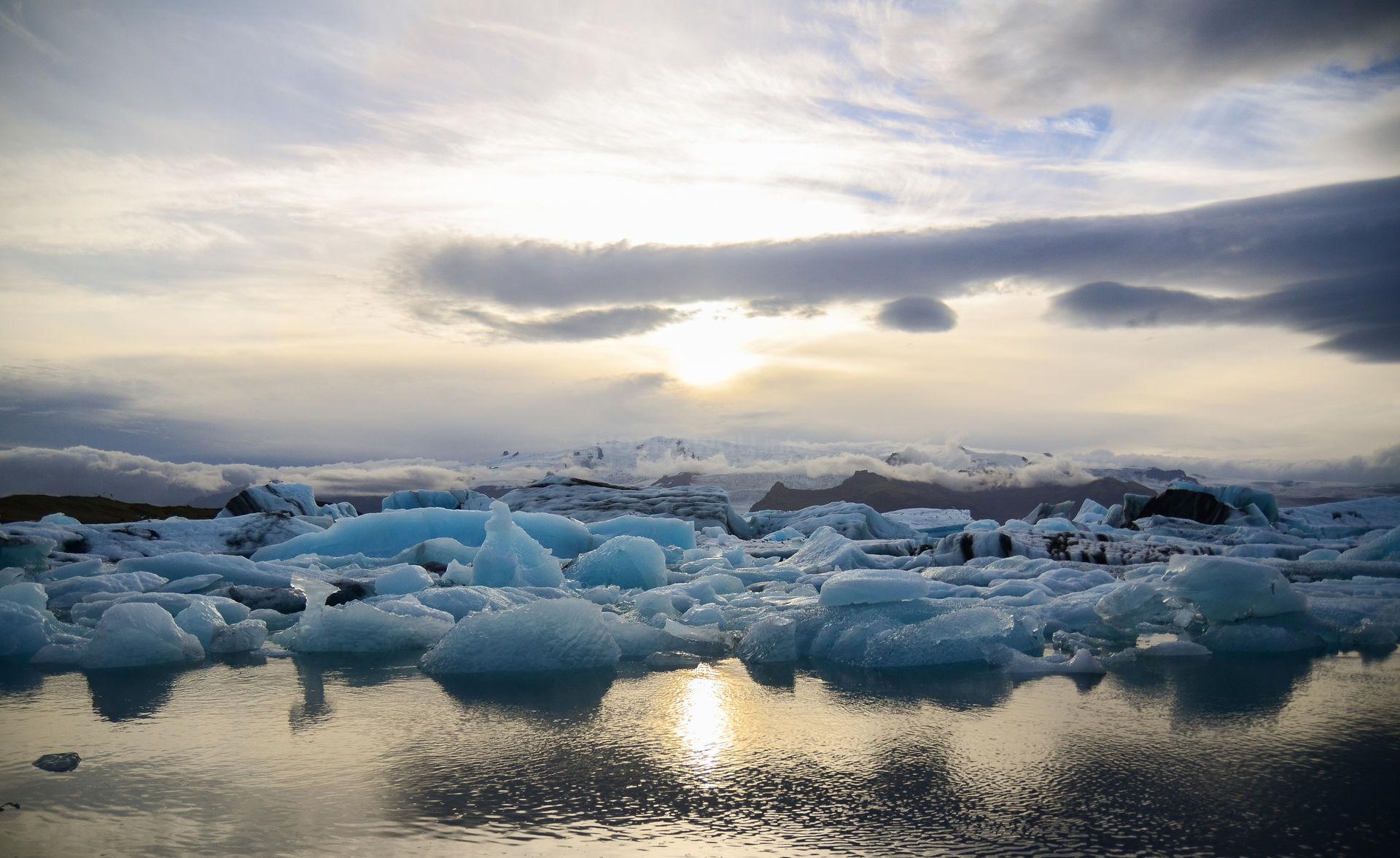 iceland-workaway-sunrise