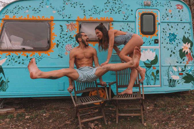 campervan life couple workawayers