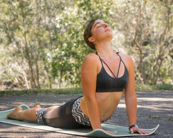 outdoor yoga workaway inner transformation solo female traveller upward dog