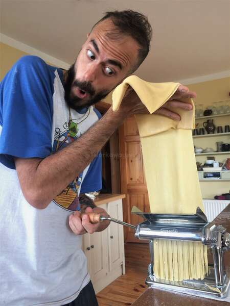 share cooking cultural exchange workawayer make pasta cook local food