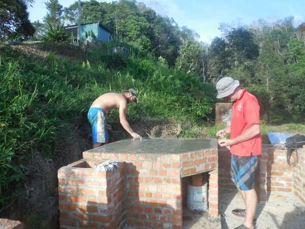 pizza oven building workaway with friends new experience
