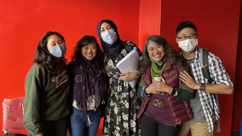 English school friends with teacher language exchange family experience volunteer sharing