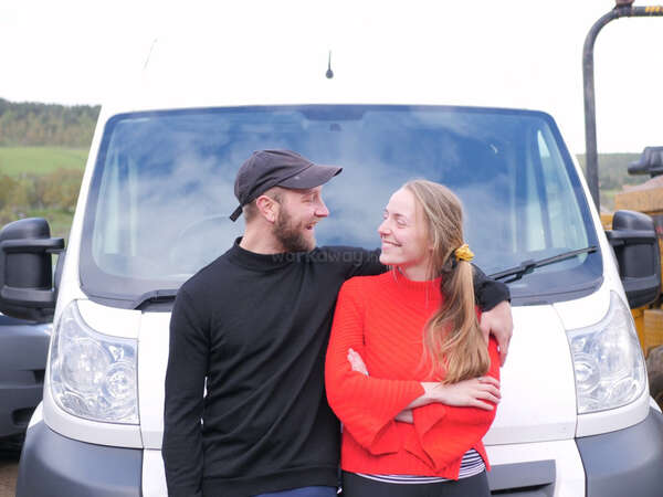 caravan alternative travel vanlife couple goals